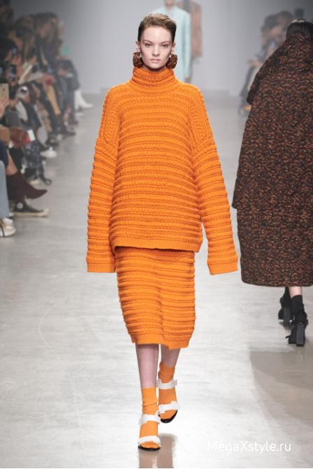 Цвет сезона —  оранжевый